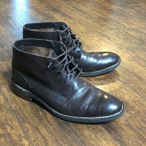Cole Haan men's size 9 brown boots. Good condition